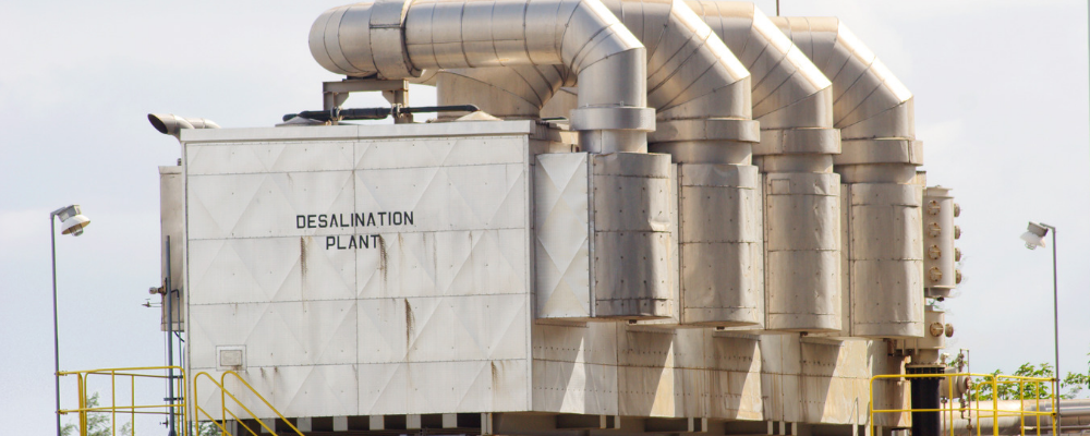 advantages and disadvantages of desalination