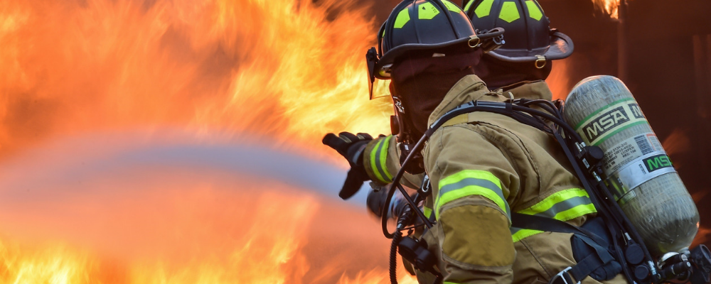 16 Biggest Pros and Cons of Being a Firefighter