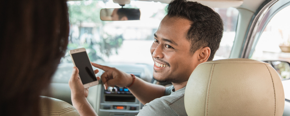 19 Biggest Pros and Cons of Being an Uber or Lyft Driver