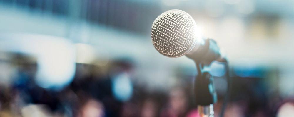 ways-to-start-a-speech-or-presentation