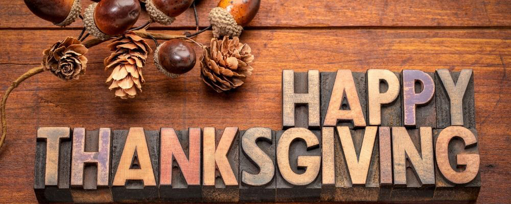 Happy Thanksgiving Messages for a Card or Text FT